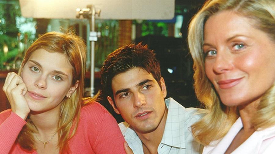 Carolina Dieckmnn, Reynaldo Gianecchini E Vera Fischer Em Laços De Família